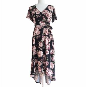 By&by floral high low dress size Medium black